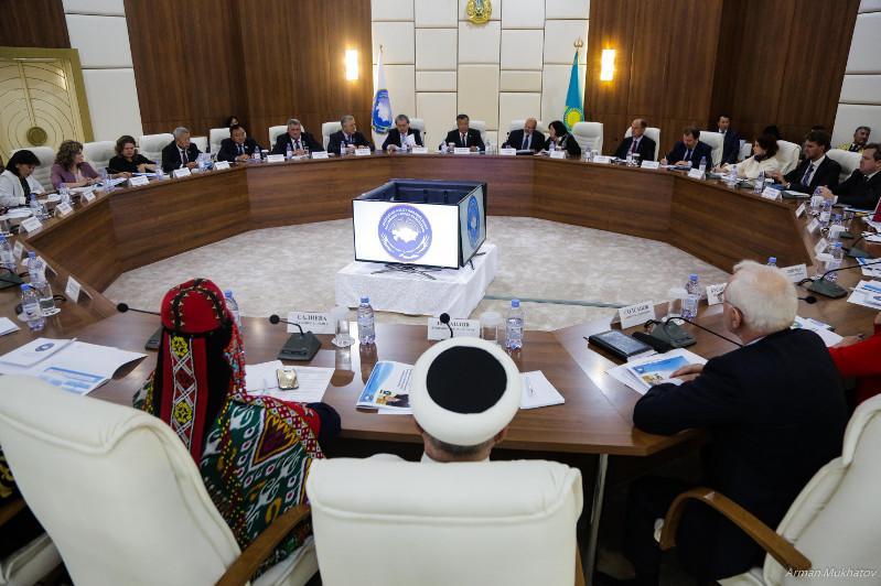 民族和睦大会副主席在首都会见欧安组织高级专员