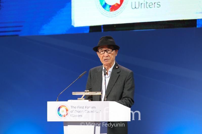 Насколько важна азиатская литература, рассказал корейский писатель Ко Ын