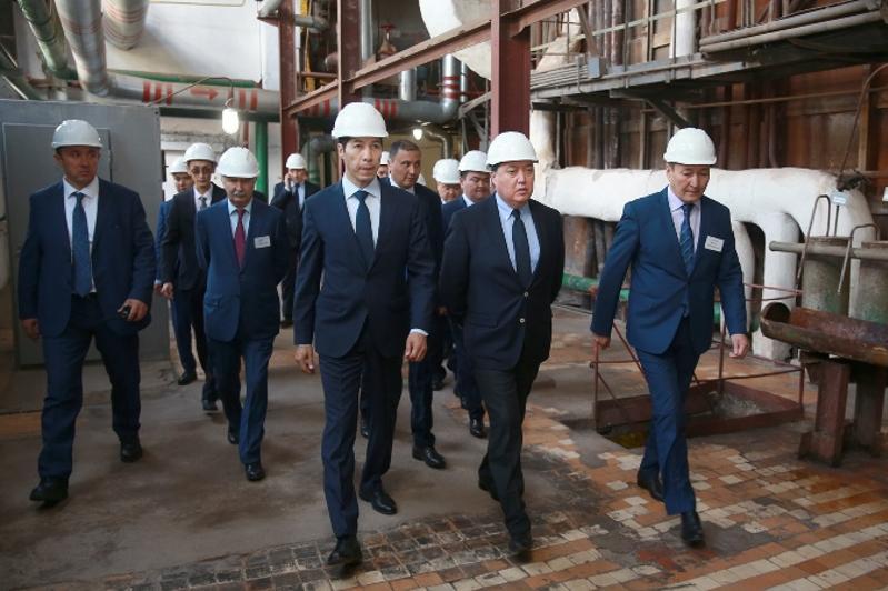 政府总理马明对西哈州进行工作视察