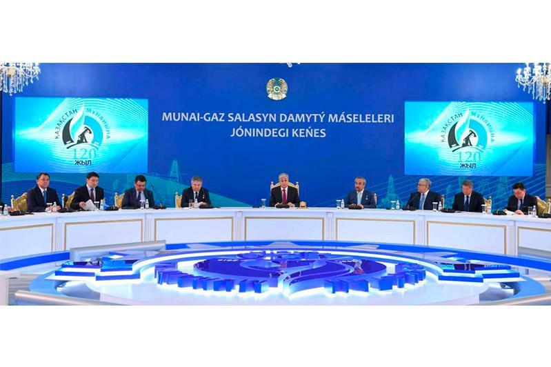 总统:哈萨克斯坦需要现代化的油田服务集群