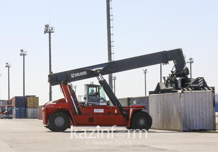 哈萨克斯坦将在5州建立商品批发配送中心