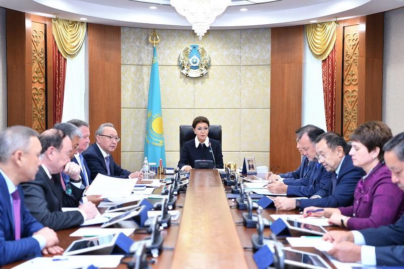Дарига Назарбаева - сенаторам: Время требует от нас нового мышления