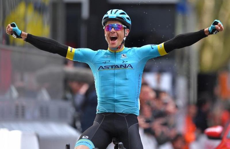 Велогонщик «Астаны» Якоб Фульсанг выиграл 16-ый этап «Вуэльты Испании»