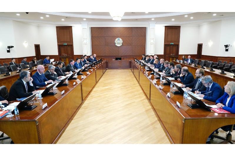 PM meets EBRD Board of Directors