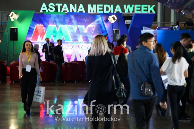 中国著名演员姜武将出席第三届阿斯塔纳媒体周