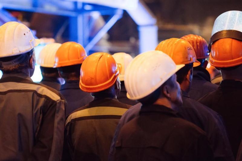 Забастовки в Мангистау: сколько зарабатывают рабочие
