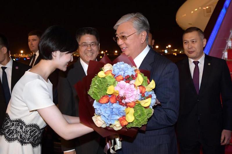 Kazakh President starts state visit to China