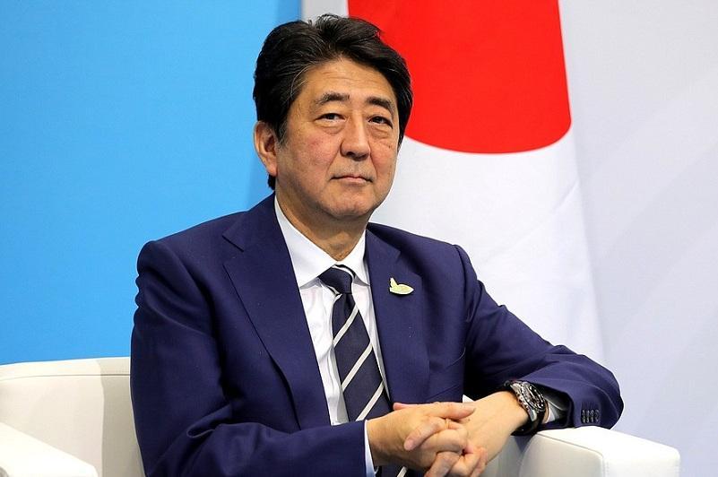 日本内阁改组 13人首次入阁