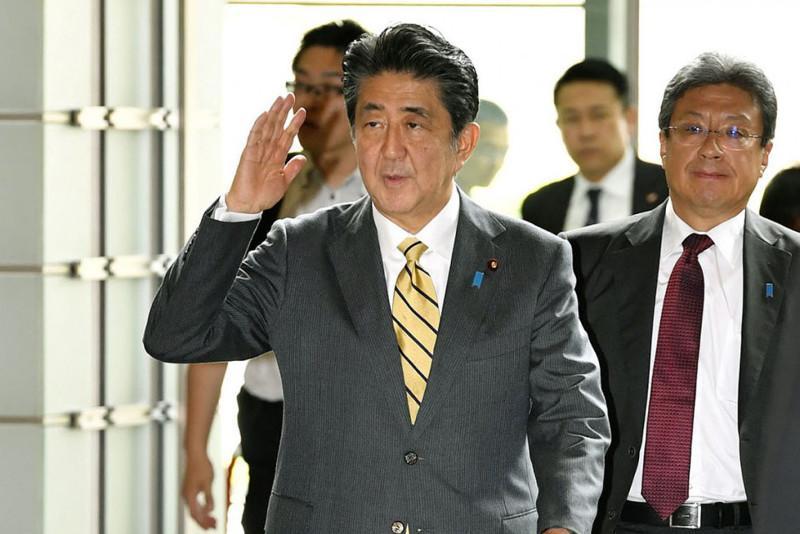 Japan's PM Abe reshuffles Cabinet in bid to create fresh image