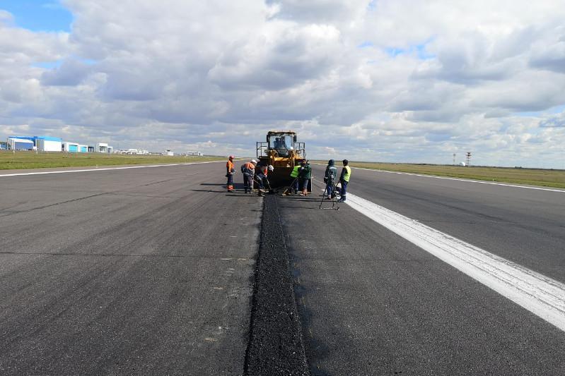 Взлетно-посадочную полосу столичного аэропорта закроют на ремонт