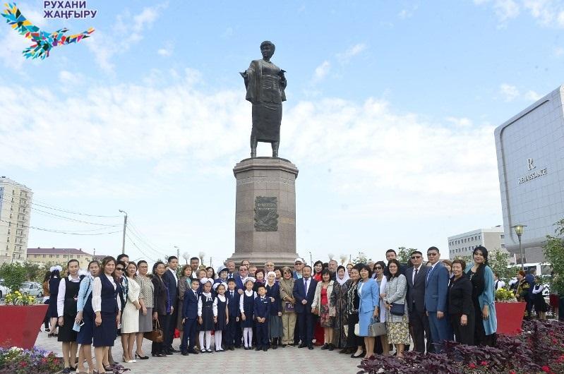 80-летие Фаризы Онгарсыновой отмечают в Атырау