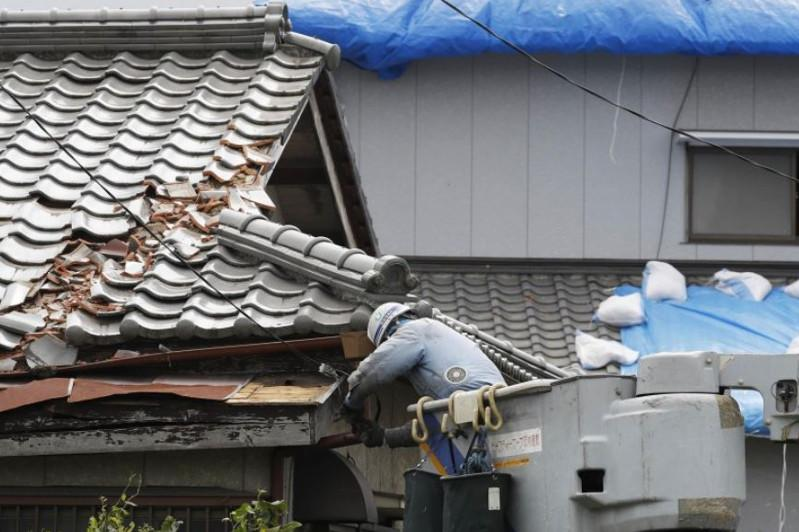 Post-typhoon blackout near Tokyo reaches Day 4 affecting 330,000 homes