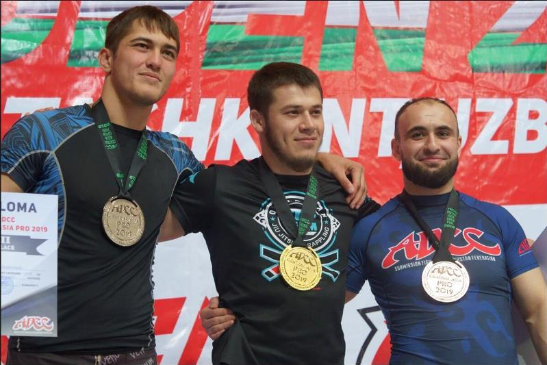 Руслан Исраилов стал победителем чемпионата Азии по грэпплингу в Ташкенте