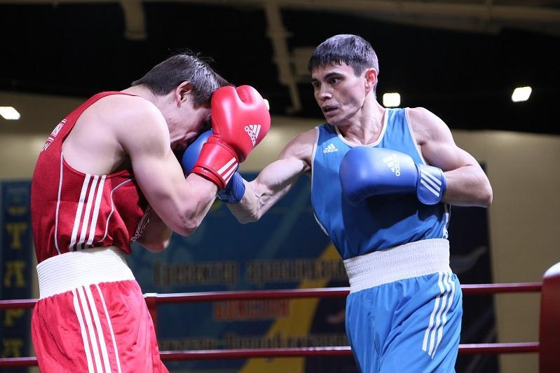 Определился второй соперникЗакираСафиуллина на ЧМ по боксу