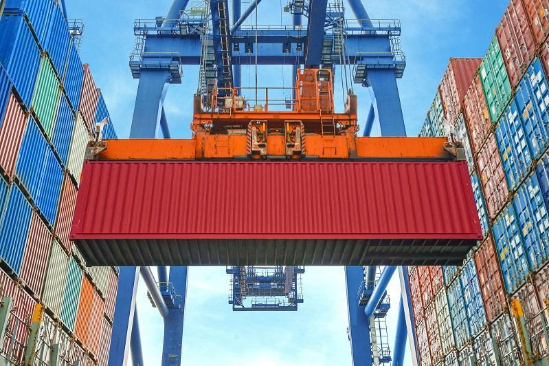 Доступ казахстанских товаров к российским портам прокомментировали в ЕЭК