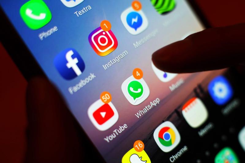 新研究:社交媒体压力让使用者更易上瘾