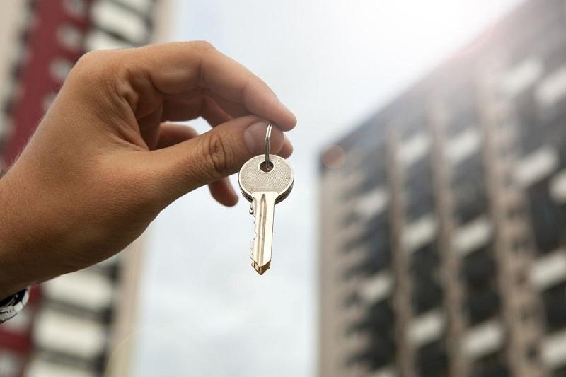 1-8月我国住房买卖交易量减少10.1%