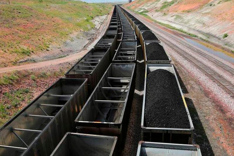 Два миллиона тонн угля будет экспортировать Казахстан через Китай ежегодно