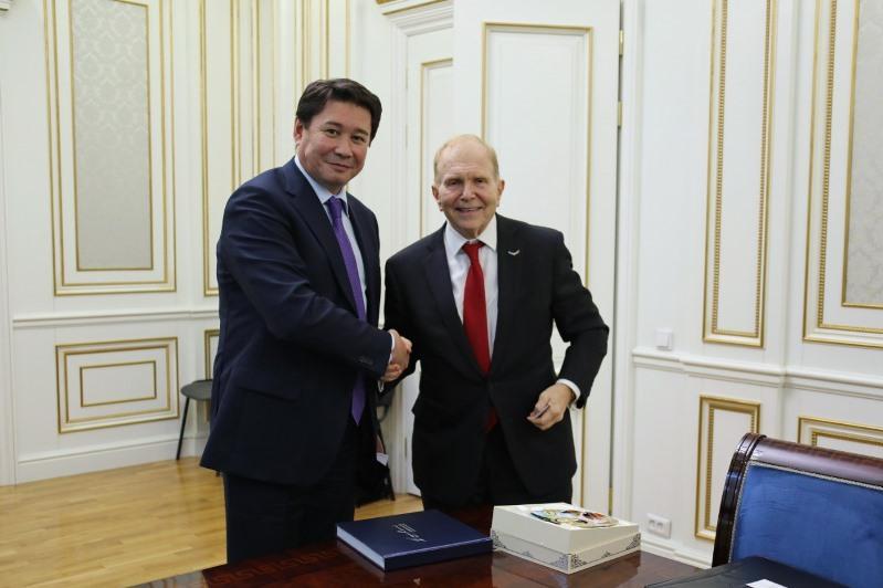 Акимат ВКО обсудил с послом США сотрудничество