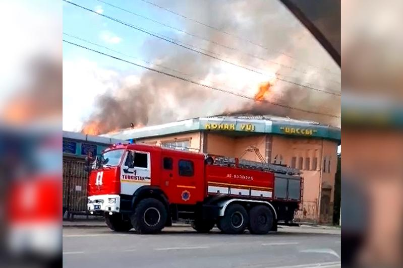 Пожар произошел в гостинице Туркестана