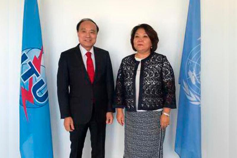 哈萨克斯坦驻联合国日内瓦办事处代表会见国际电联秘书长