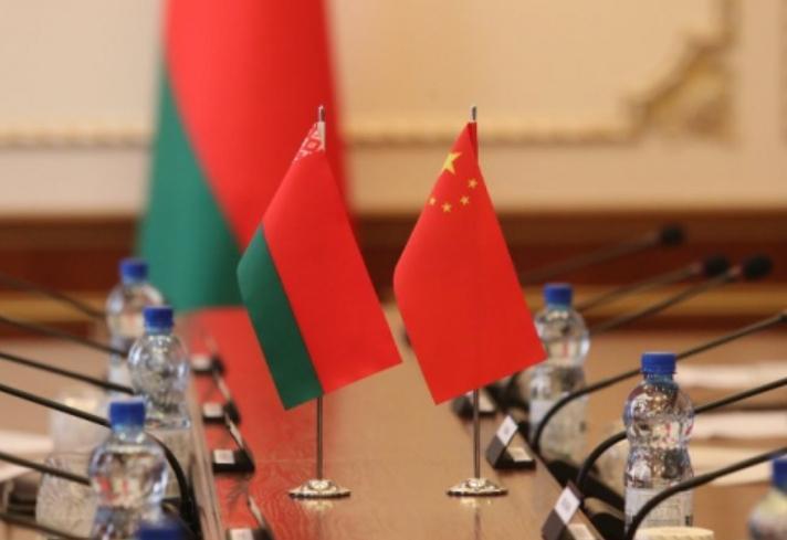 白俄罗斯与中国加强军事技术领域合作