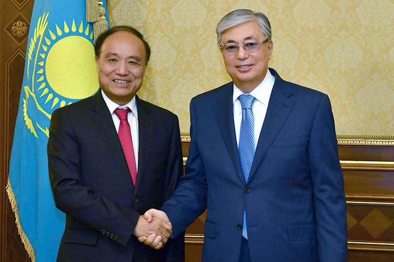 托卡耶夫总统会见国际电联秘书长赵厚麟