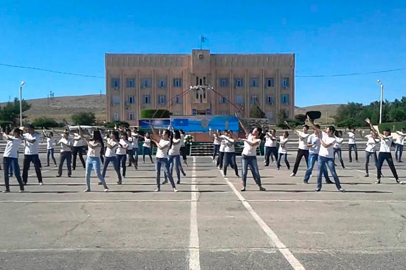 Город горняков Жанатас празднует 50-летие