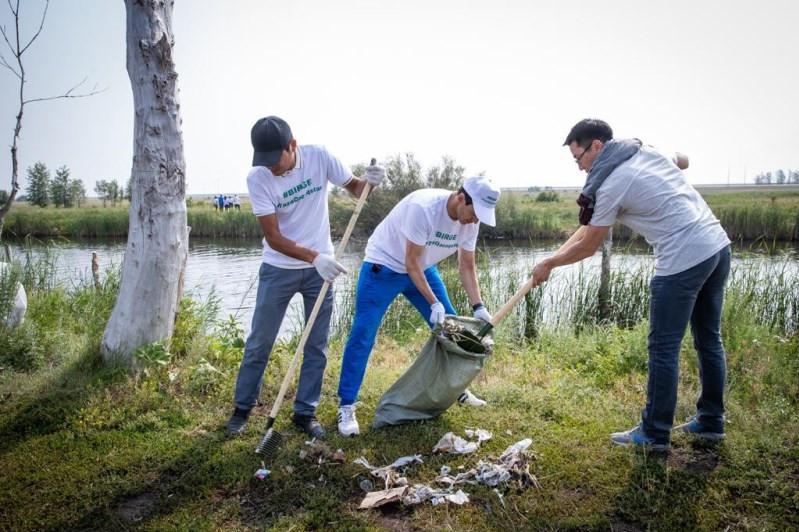Nur-Sultan joins World Cleanup Day
