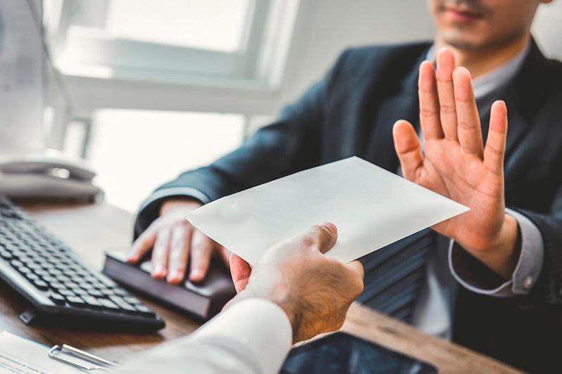 Предусмотрена ли процедура отказа инвесторам в резидентстве, рассказали в МФЦА