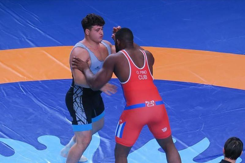 Turkey's Kayaalp wins gold in World Wrestling Championships