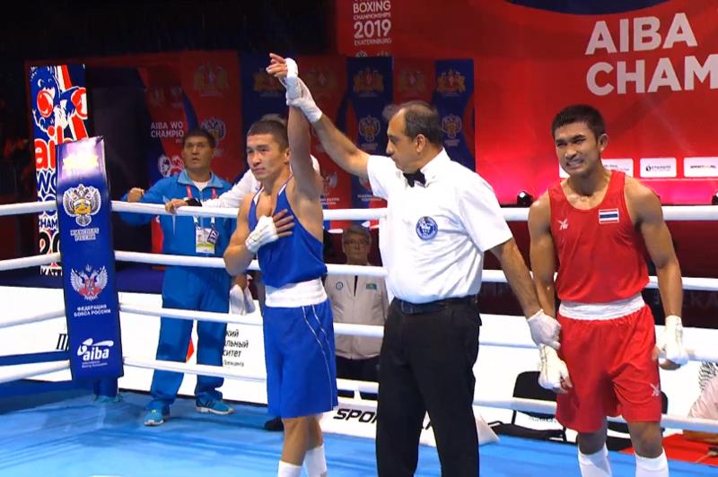 Бокстан әлем чемпионаты: Қайрат Ерәлиев жарысты жалғастырады