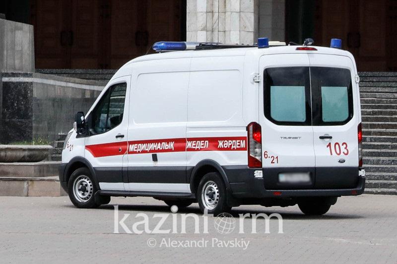 Троих детей из одной семьи сбили в Алматы