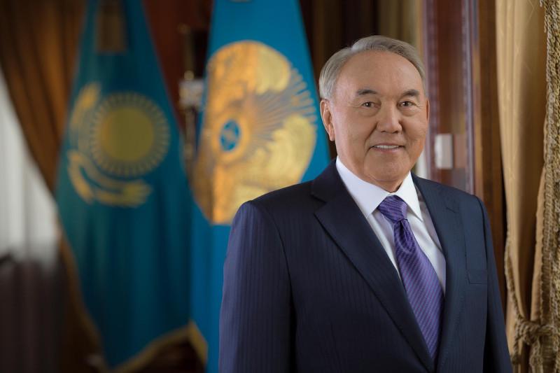 Нурсултан Назарбаев награжден медалью, посвященной 30-летию движения «Невада-Семей»