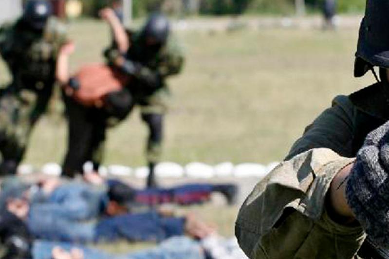阿拉木图市举行反恐演习