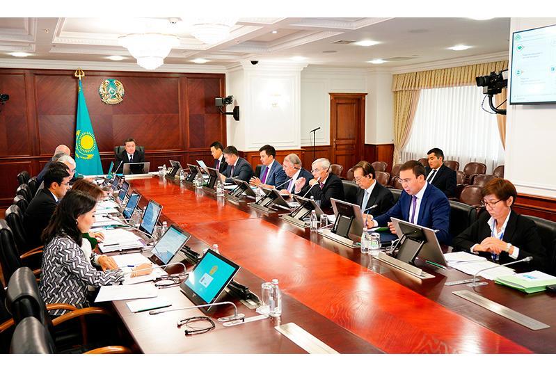 Аскар Мамин провел заседание Совета директоров АО «НУХ «Байтерек»