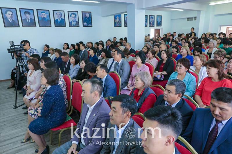 Almatylyq muǵalimder 2021 jyldy «Ustaz jyly» dep jarııalaýdy usyndy