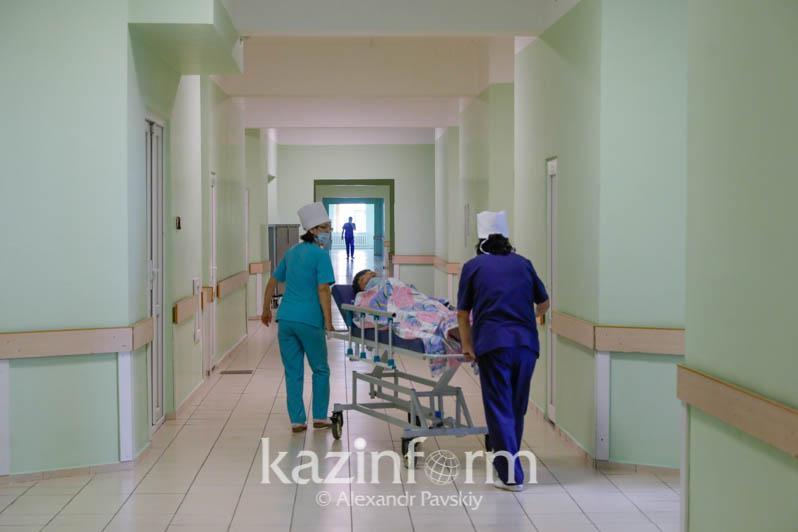 Shamalǵanda zardap shekkender Almatynyń aýrýhanasyna aýystyryldy