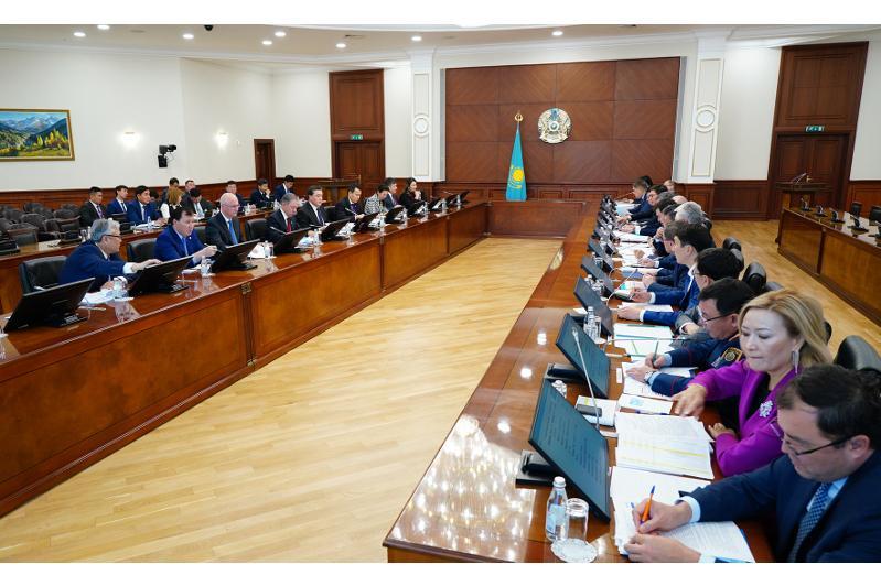 В Правительстве подвели промежуточные итоги реализации Плана нации «100 конкретных шагов»