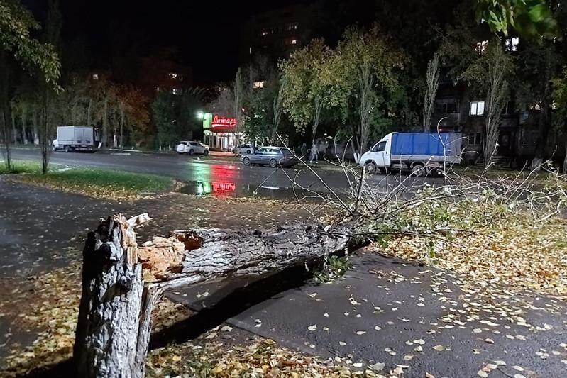Petropavlovsk hit by hurricane and hail