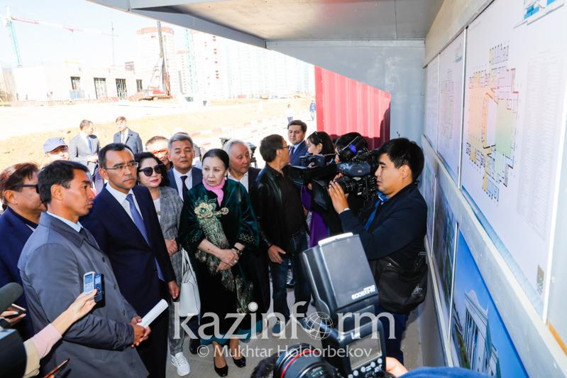 首都新建哈萨克戏剧院将于明年7月完工