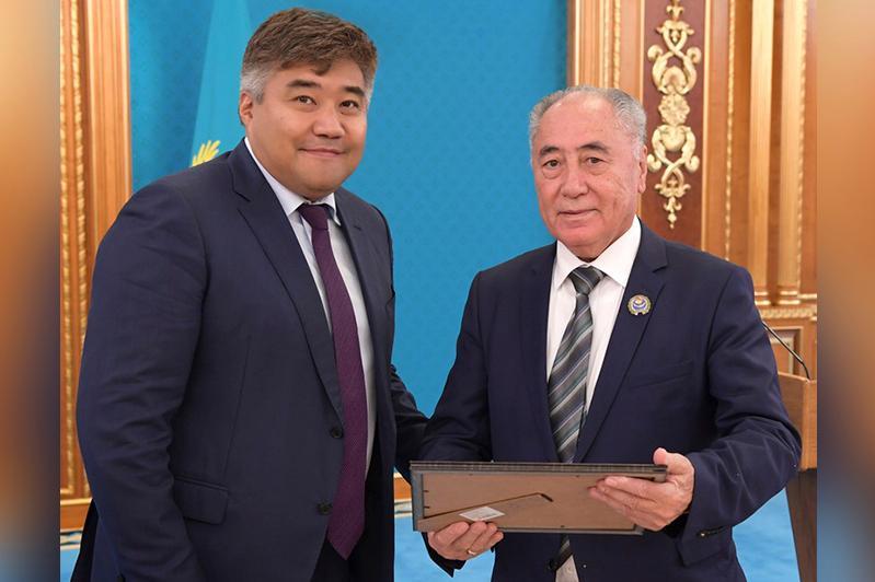 Исполняется 30 лет первому в истории Казахстана закону о языках