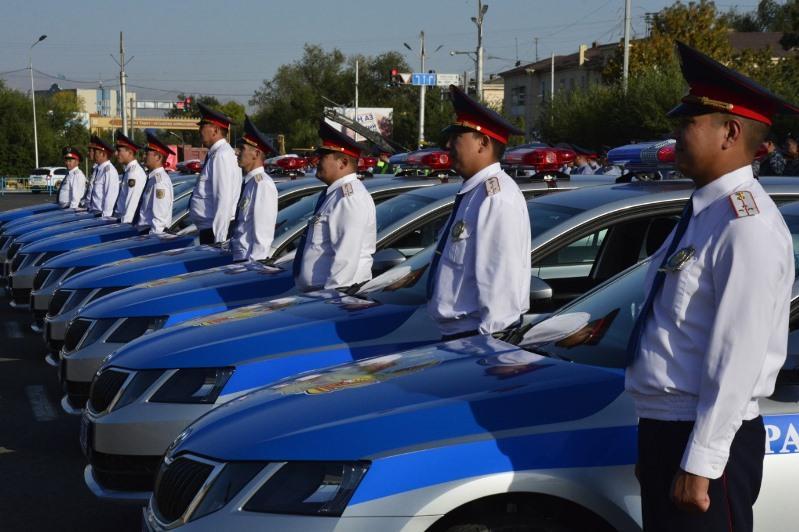 Более ста новых автомобилей получили жамбылские полицейские