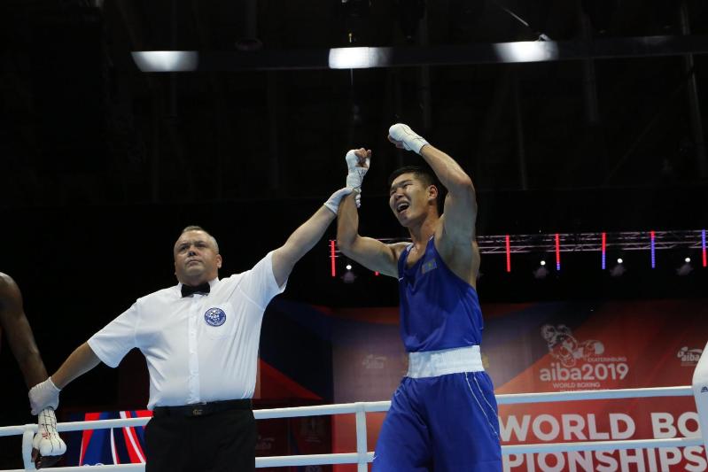 Бекзат Нурдаулетов стал чемпионом мира по боксу