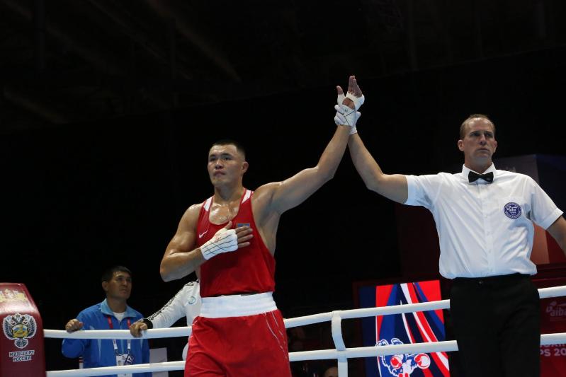 ЧМ по боксу: Камшыбек Кункабаев стал вторым