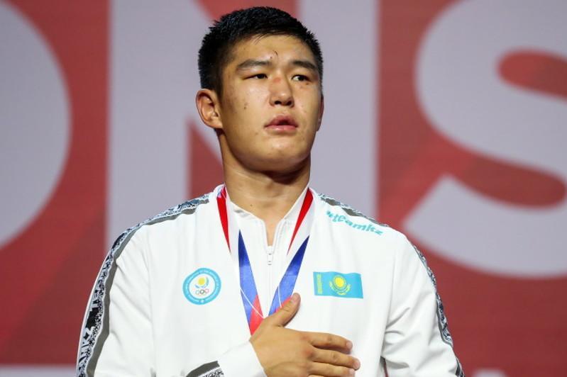 Касым-Жомарт Токаев поздравил Бекзата Нурдаулетова с победой на ЧМ по боксу