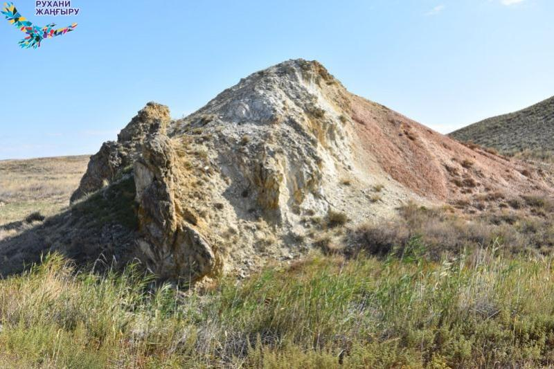 Jamanshyń krateri: Geopark álde aspan asty mýzeıi
