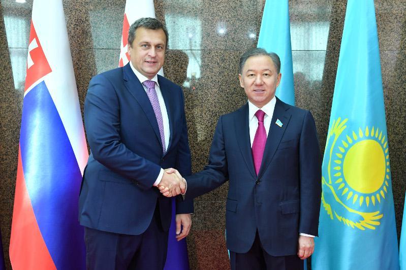 Нурлан Нигматулин встретился с председателем Национального совета Словакии