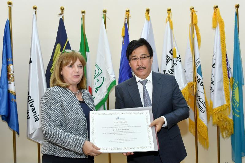 阿尔法拉比大学校长当选UNION国际大学协会会长