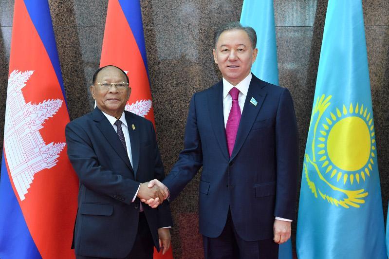 Nyǵmatýlın Qazaqstanǵa alǵash kelgen Kambodja Parlamentiniń tóraǵasymen kezdesti